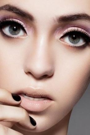 Как сделать макияж что глаза казались большими 324