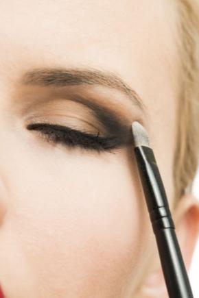 Макияж в карандашной технике: создание make-up белым и черным карандашом пошагово