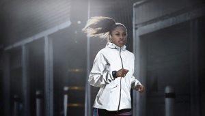 Светоотражающие куртки Nike, Supreme – новое слово в молодежной моде