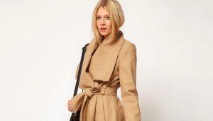 Пальто с запахом – лидер модных показов