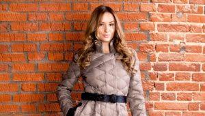 Стильное женское стеганое пальто