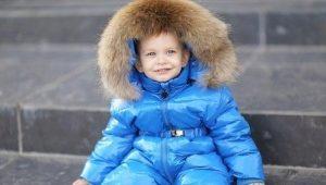 Детский комбинезон от Moncler