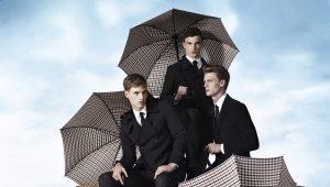 Большой мужской зонт - лучшее спасение от дождя