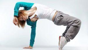 Спортивный стиль одежды для женщин и девушек
