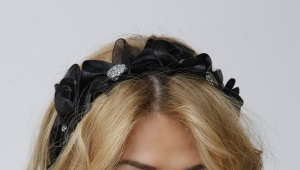 Ободок на резинке для волос