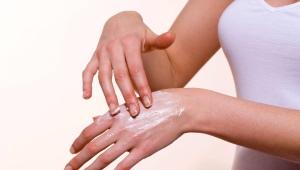 Крем для рук от сухости и трещин