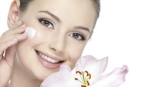 Питательный крем для лица и тела