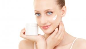 Крем для очень сухой и чувствительной кожи лица