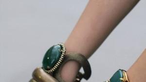Малахитовый браслет