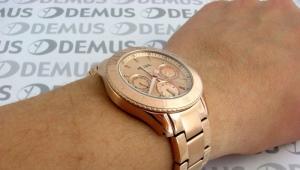 Наручные водонепроницаемые и противоударные часы