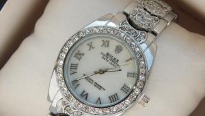 Серебряные наручные часы