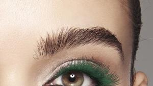 Зеленая тушь для ресниц