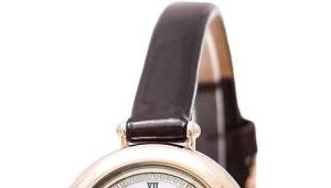 Золотые наручные часы российского производства