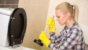 Как прочистить унитаз: виды засора и методы устранения проблем