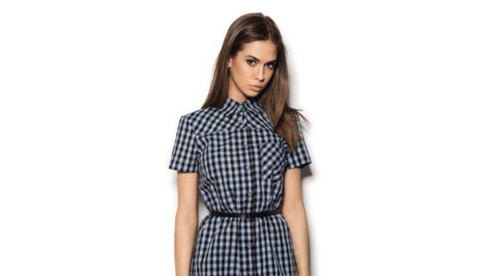 С чем носить платье-рубашку в клетку?