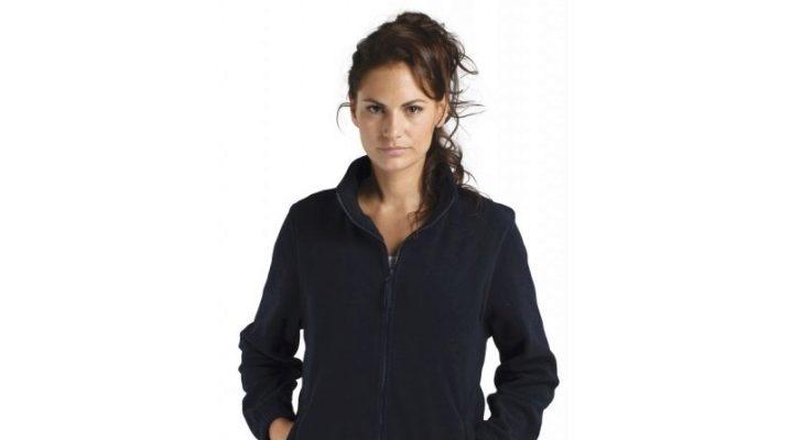 Флисовая куртка и ее преимущества