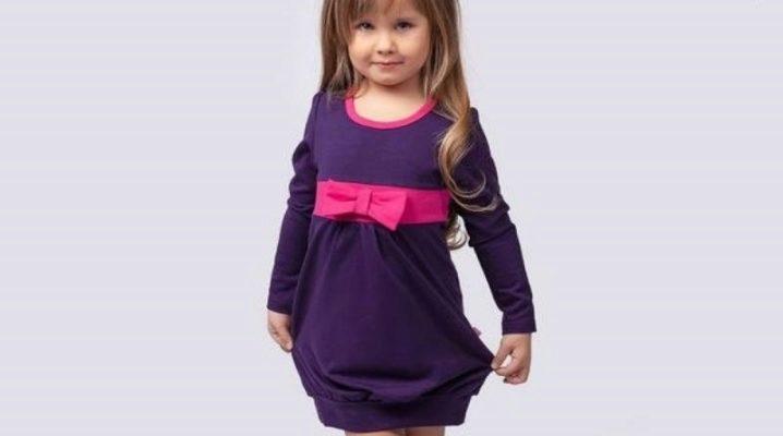 Трикотажное платье для девочки - красиво и удобно