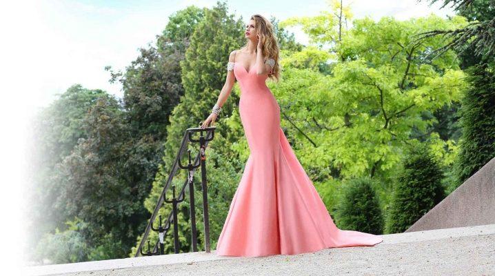 Прическа под фасон платья