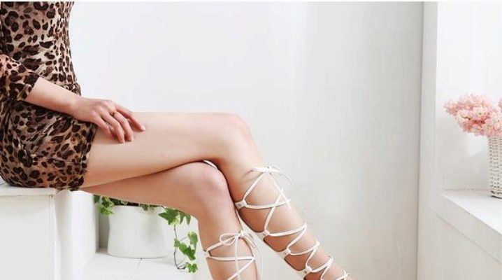 Стильные босоножки на шнуровке