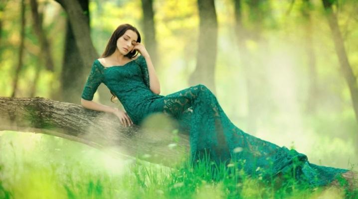 Сочетание в одежде зеленого цвета с другими оттенками