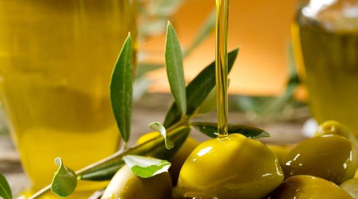 Можно ли наносить на лицо оливковое масло
