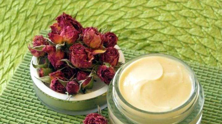 Приготовить домашний крем для лица из масел