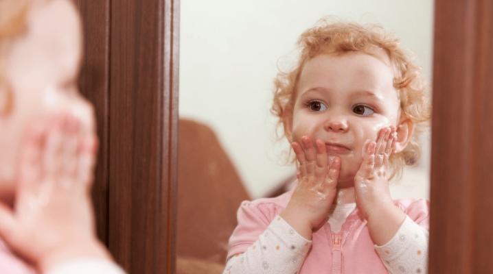 Какой детский крем для новорожденных лучше