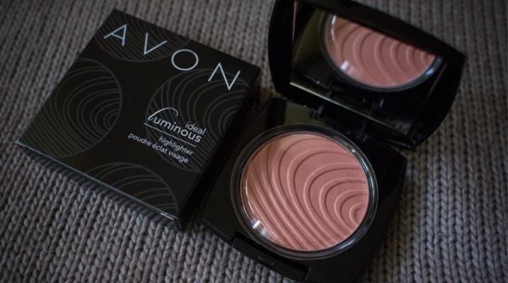 Компактная пудра для лица Avon: отзывы о корректирующих средствах Безупречность и Идеальный оттенок
