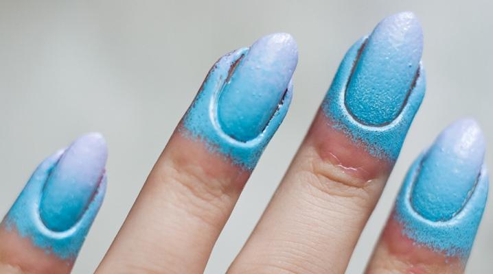 Лак вокруг ногтя