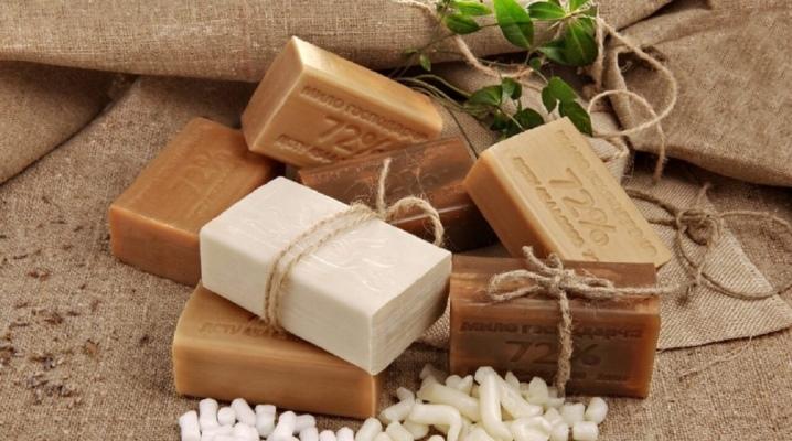 Можно ли мыть лицо хозяйственным мылом?
