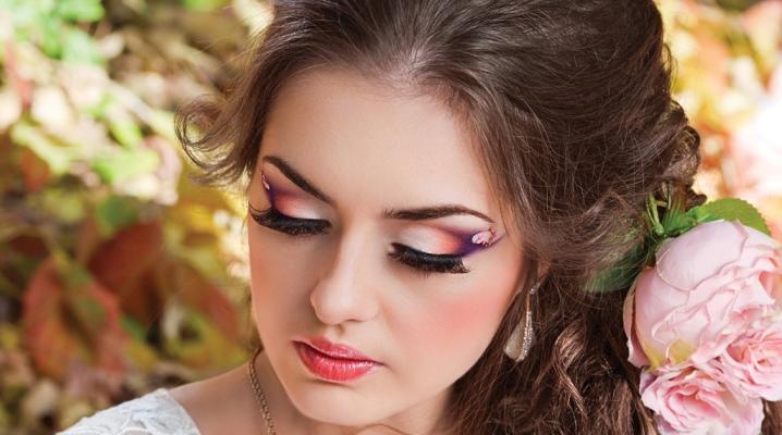 Свадебный макияж для каре-зеленых глаз