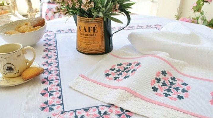 Отстирываем кухонные полотенца с помощью растительного масла