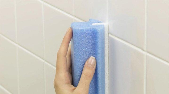 Чем отмыть плитку в ванной от налета?