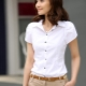 Женская рубашка с коротким рукавом: как носить?