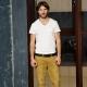 Мужские штаны хаки: популярные модели и с чем носить?