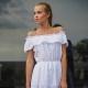 Сарафан с открытыми плечами - модный тренд сезона