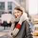 Как красиво повязать шарф на пальто - модные способы