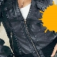 Рекомендации и методы удаления пятен от краски с куртки