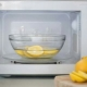 Как очистить микроволновую печь с помощью лимона?