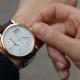 Правила этикета для мужчин: на какой руке носить часы