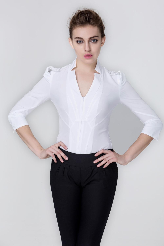 ef145b043eff Конструкция боди предоставляет прекрасную возможность женщинам надевать  брюки с низкой посадкой и при этом не беспокоится, что во время движения  низ блузки ...