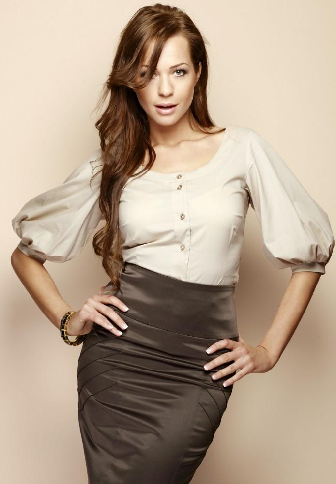 Блузки из хлопка (65 фото): с чем носить, модные фасоны хлопковых блузок, популярные модели, стильные, советы 222