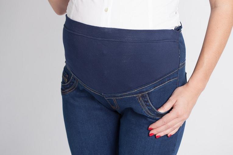 ad7d39b9fdf9 Джинсы для беременных своими руками (39 фото)  как перешить, как сшить  вставку, как переделать джинсы в комбинезон