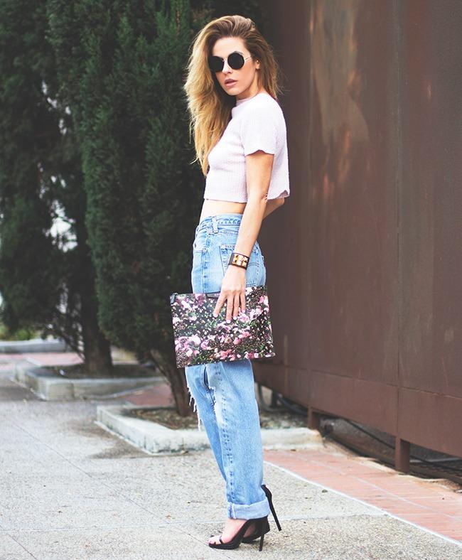 Модный уличный стиль: джинсы с дырками на коленях (50 фото) 569