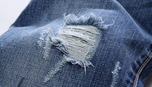 Как сделать потертости на джинсах пемзой