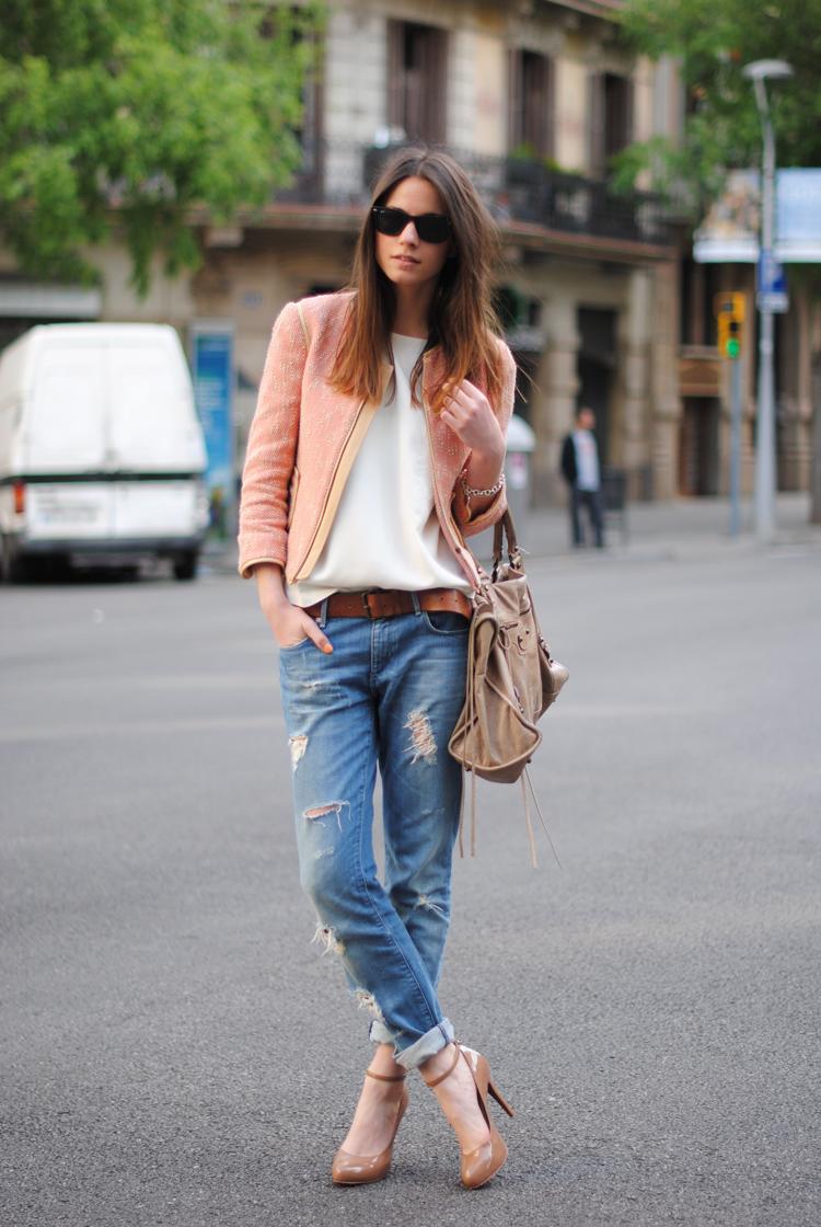 Летние джинсы для женщин (64 фото): с чем носить, тонкие и рваные, модели, модные луки и образы 2018 108