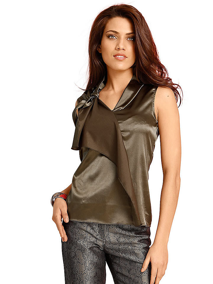Модели блузок из шелка