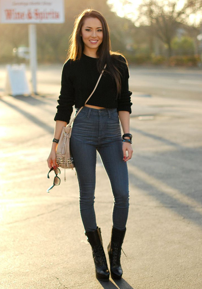 High waisted jeans and crop