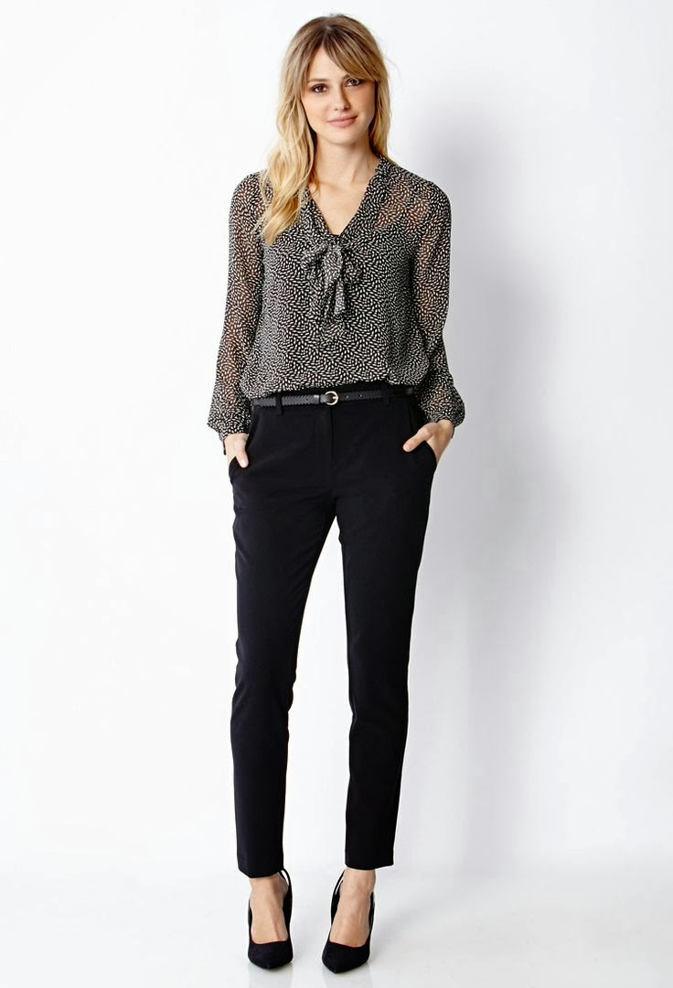 Fashionable business attire for women 55