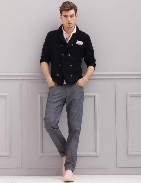 Рубашка темнее брюк